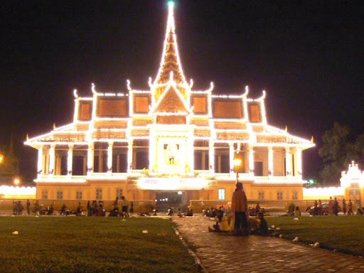 'Royal Palace at Night' by Seh Hui