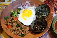 泰飽 泰式飯麵吧