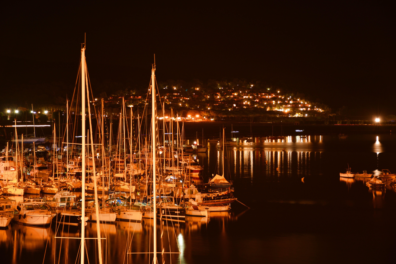 Notte al porto di MORENO ANTOGNOLI
