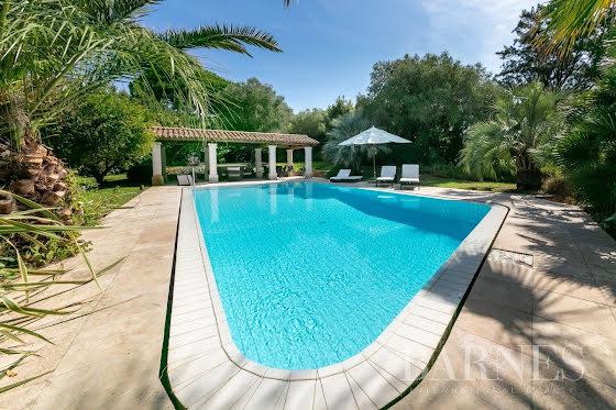 Vente villa 8 pièces 300 m2