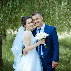 Wedding photographer Anton Gridin (M-edve-D). Photo of 25.10.2017