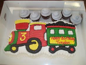 Photo: Shaped Train w/smoke cupcakes