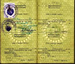 Photo: Décsi Eszter útlevele, 1940