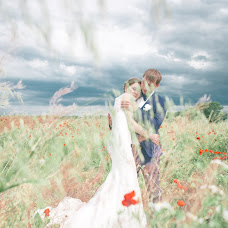 Wedding photographer Anya Nosova (AJAA). Photo of 13.04.2016