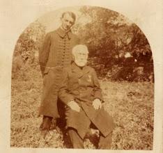 Photo: Fél Kálmán ref.lelkész, eltűnt az I.vh-ban, és tanára 1910?