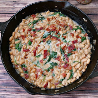 Cheesy Cannellini Beans Recipe with Bacon and Spinach.