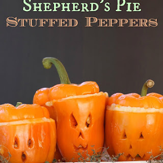 Jack O'Lantern Shepherd's Pie Stuffed Peppers for #SundaySupper
