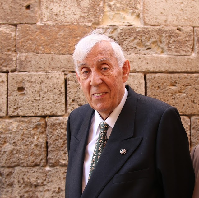 José Luis Romanillos, guitarrero y biógrafo de Torres.