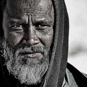 THE ARAB WORKER  by Leon Zaragoza - People Portraits of Men ( face, people )