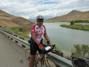 Photo: Day 8 Baker OR to Fruitland ID 84 miles 2180 ' climbing  : Dale with lake in background. Huntington OR famous for catfish