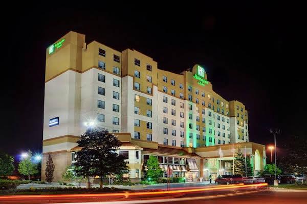 Holiday Inn & Suites Ottawa West - Kanata