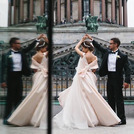 Wedding photographer Anton Welt (fntn). Photo of 22.04.2015