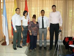 Foto: Los ganadores con Leonor Fernández Riva.