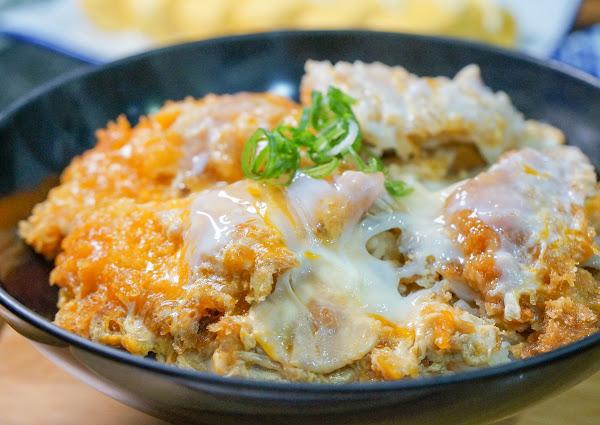 日職人銷魂滑蛋雞排丼!一吃難忘~-祝福櫻日本九州炸物滑蛋丼飯專賣