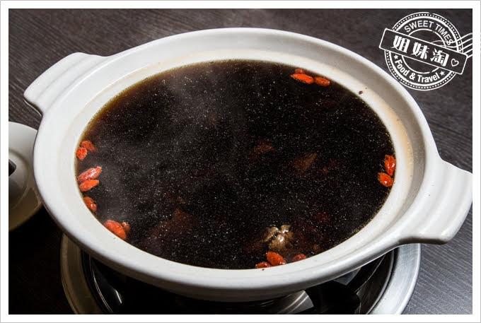 二聖鹿肉火鍋
