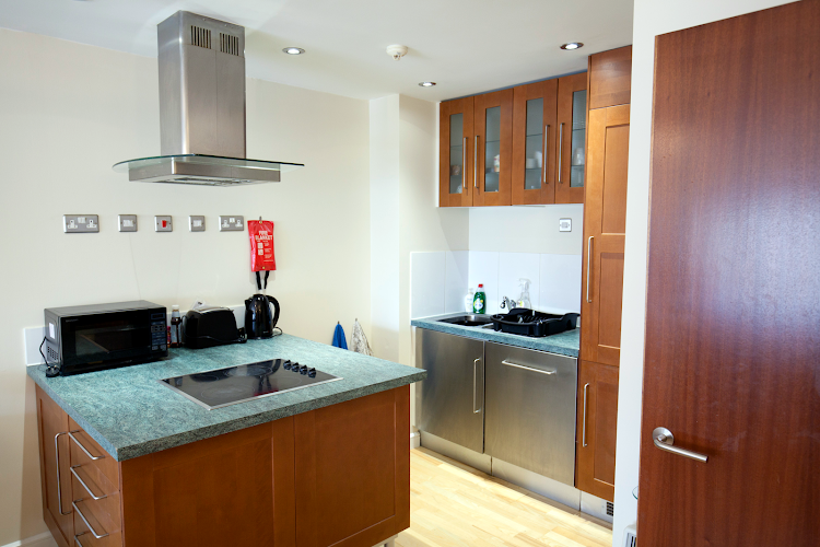 Full kitchen at Curzon House