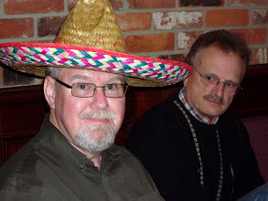 Photo: el Bandolero Dave Eastwood flanked by John Scrivens