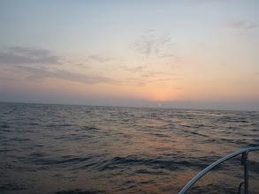 Photo: 昼から天気が崩れる予報。 さあー!午前中バリバリ釣るぞー!
