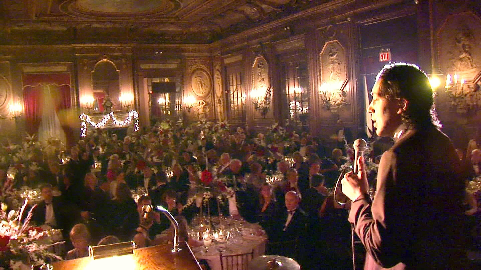 Photo: Cherno Jobatey doing his routine at the Metropolitan Club New York during the anual YFU Christmas Charity Gala   www.cherno-jobatey.de/ in English: www.cherno.com/