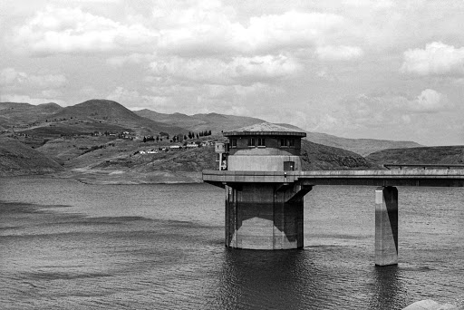 Water control gate, Katse Dam, 2015 Simon Gush. Courtesy of Stevenson
