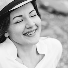 Wedding photographer Alina Sysoenko (AlinaWave). Photo of 01.08.2015