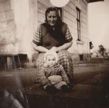 Photo: Zofia Aksamit z Antoniną . Rok 1956.  Zdjęcie udostępnione prze P.Ewe Aksamit.