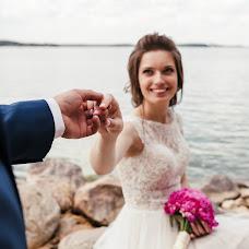 Wedding photographer Elizaveta Karaban (karaban). Photo of 11.07.2017