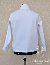 Photo: Camisa Medieval infantil em tricoline. A partir de R$ 60,00.
