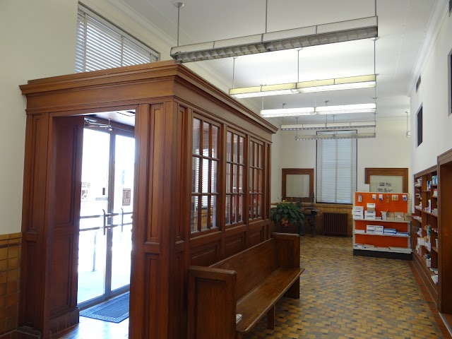 Old Pocahontas, AR post office lobby