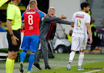 """Bölöni looft de mentaliteit van zijn spelers en geeft toe: """"We hadden het geluk aan onze kant"""""""