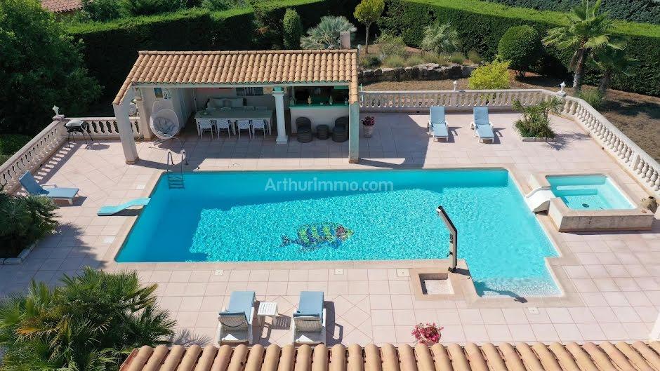 Vente maison 10 pièces 298 m² à Roquebrune-sur-Argens (83520), 894 000 €