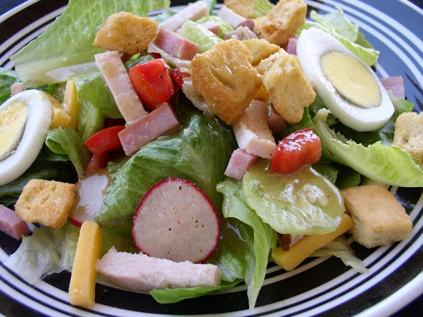 Chef's Salad With A Basic Vinaigrette Recipe