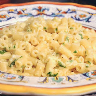 Tubetti cacio e uova (Tubetti with Egg and Cheese).
