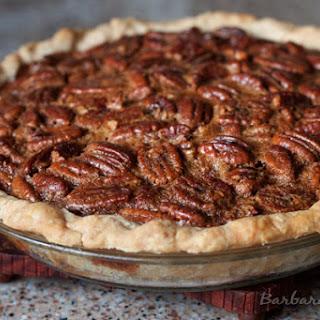 Classic Pecan Pie and Thanksgiving Recipe Roundup