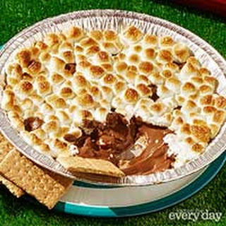 Grilled Peanut Butter S'mores Dip