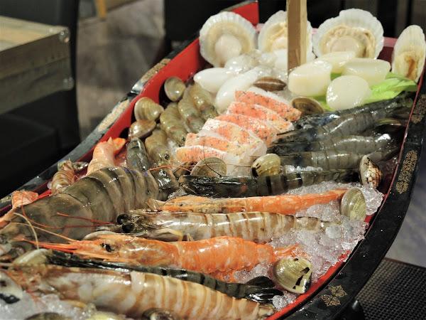 饗樂 shabu 精緻鍋品 | 視覺震撼的巨大海鮮船搭配和牛套餐,民生東路上的高CP值火鍋