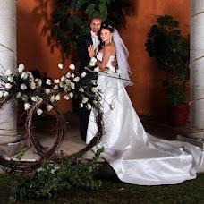 Wedding photographer Ric Bucio (ricbucio). Photo of 18.12.2015