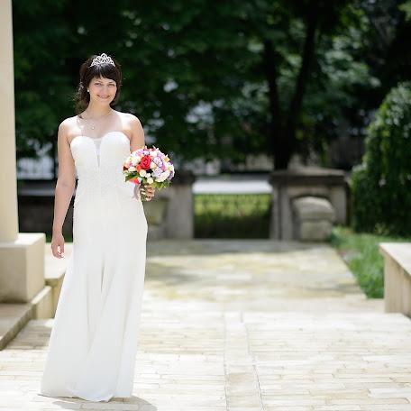 Wedding photographer Yaroslav Savenko (yarfoto). Photo of 09.07.2017
