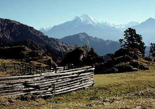 Photo: Rupchet kharka, vue sur la vallée du Langtang