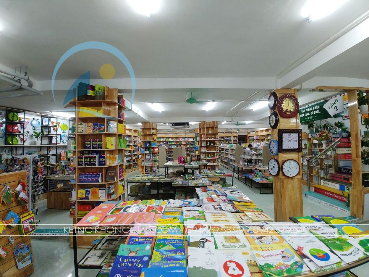 thiết kế thi công nội thất nhà sách Trí Đức 6