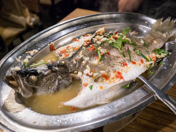 泰味館 Thai-Wei .泰式料理吃到飽 / 好吃好拍傳統泰式建築