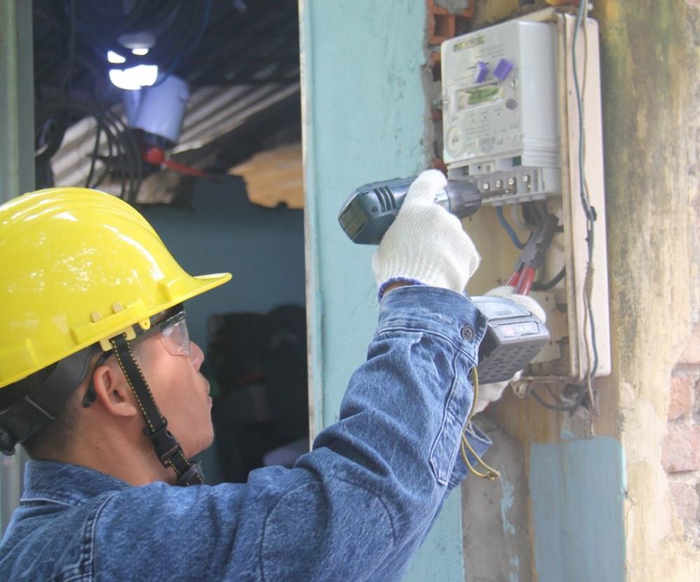 Nhân viên điện lực phải chịu kỷ luật trực tiếp nếu để xảy ra sai sót khi ghi nhận số điện