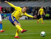 """""""What the fuck! Waarom doe je dat?"""" Spits van WK-ganger Zweden van het veld geschopt op training"""
