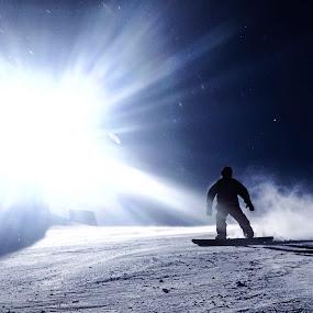 Snow by Artem Kevorkov - Instagram & Mobile iPhone ( snowboard, tahoe, snow, sun )