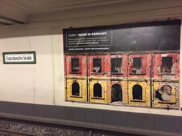 Plakat in U-Französische Straße Berlin.JPG