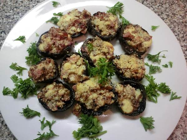 Stuffed Portobello Caps W/prosciutto & Blue Cheese Recipe