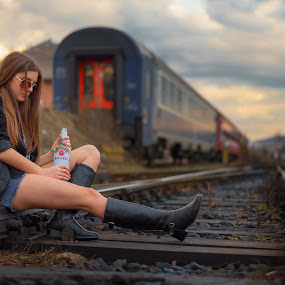 ''I'm breaking up with you''   by Hurghis Vasile - People Street & Candids ( love, urban exploration, life, location, colors, street, artistic, movie, transportation )