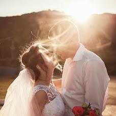Wedding photographer Viktoriya Martirosyan (viko1212). Photo of 28.08.2017