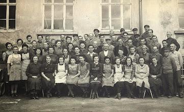 Photo: Wünschendorf im Erzgebirge  Belegschaft der Fa- Linus Dähnert  195?