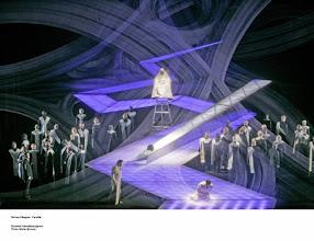 Photo: PARSIFAL: Neuinszenierung durch Harry Kupfer in Helsinki, Premiere 19.3.2005. Zum Bericht von Klaus Billand. Gralsszene, 1. Aufzug
